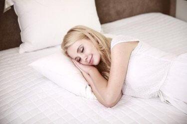 疲労は眠りで回復させよう(アナタの眠りの質をチェック)