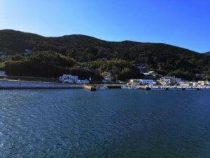 フェリーから見た厳原港風景