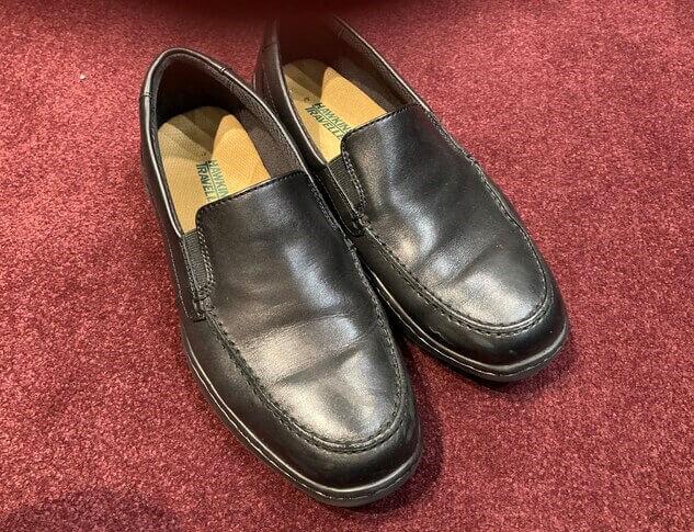 仕事場で撮影した靴